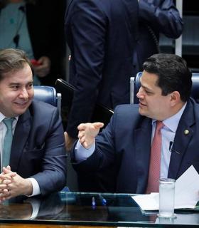 STF já tem maioria para liberar reeleição de Maia e Alcolumbre