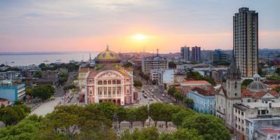 Justiça determina que a prefeitura de Manaus divulgue diariamente a lista dos imunizados.