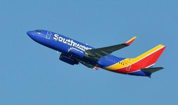 Southwest Airlines recua do mandato da vacina após protestos massivos