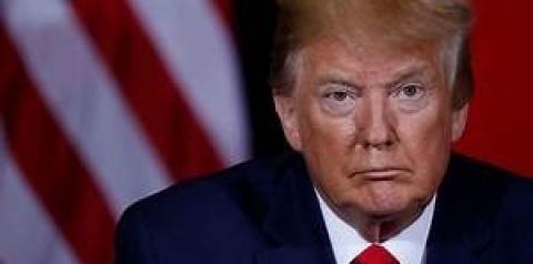 O processo de impeachment de Trump é aprovado pela Câmara e segue para o Senado.