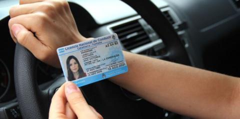 Argentina: para tirar a carteira de motorista você terá que fazer um curso sobre feminismo, violência de gênero e patriarcado