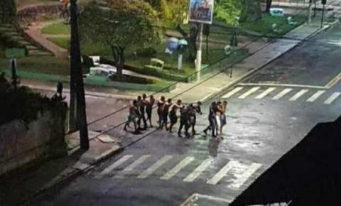Criminosos assaltam bancos e fazem reféns em Cametá, no Pará