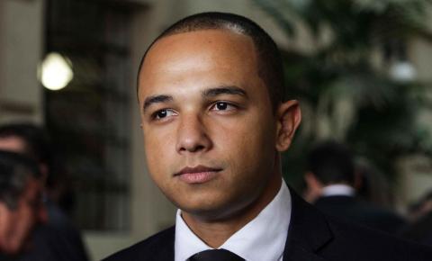 MP dá parecer favorável à ação de Douglas Garcia contra vacina chinesa