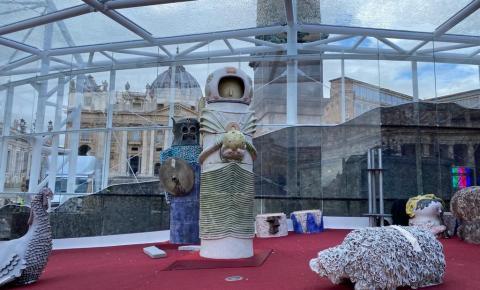 Presépio da Praça de São Pedro irrita os fiéis