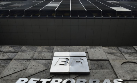 Petrobrás inicia venda de participação em duas transportadoras de gás