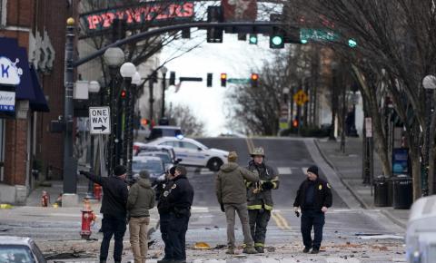 Carro bomba explode em Nashville no dia de Natal.