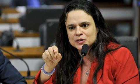 'Segui as recomendações do Mandetta e quase morri', afirmou Janaina Paschoal