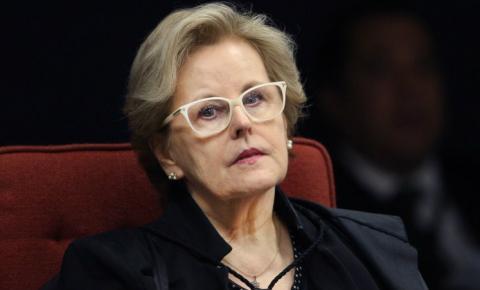 Rosa Weber encaminha notícia-crime contra Bolsonaro ao PGR