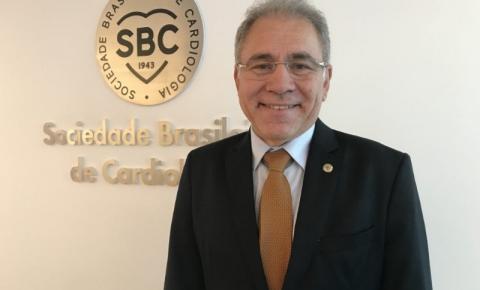 O cardiologista Marcelo Queiroga será anunciado o novo ministro da Saúde nesta terça-feira (16)