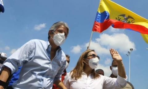 Conservador Guillermo Lasso é eleito presidente do Equador