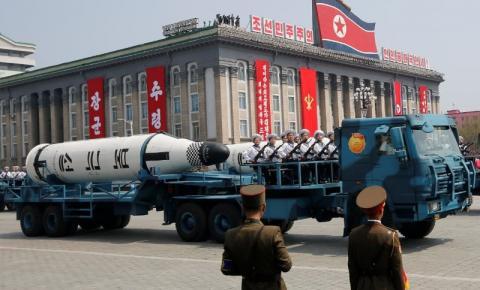 Pyongyang deve estar pronto para 'diálogo e confronto' com os EUA, diz o ditador Kim da Coreia do Norte