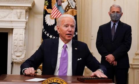 Biden e Fauci alertam contra a variante Delta 'altamente infecciosa', peça aos jovens americanos para receberem o jab