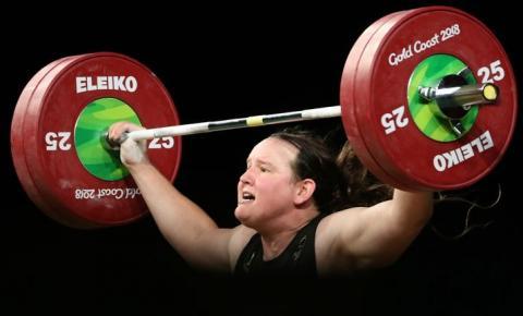 Olimpíadas: Laurel Hubbard se tornará a primeira atleta transgênero a competir nos Jogos