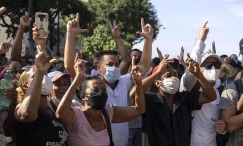Cuba é acusada de usar sistemas de tecnologia chineses para bloquear o acesso à Internet em meio a protestos