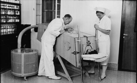O que as vacinas contra a poliomielite podem nos ensinar sobre os COVID