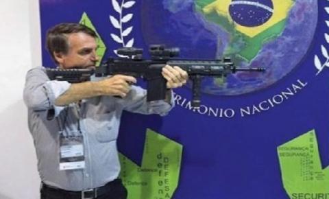 Presidente Bolsonaro: 'Todo mundo compra uma arma - as pessoas armadas não podem ser escravizadas pelas elites'