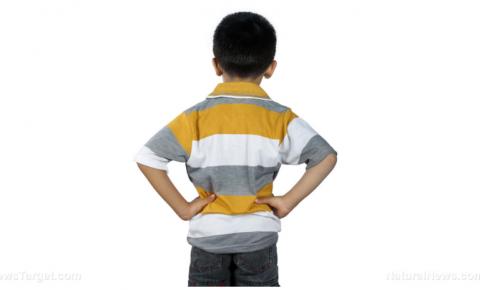 GENOCÍDIO em massa contra 28 milhões de crianças nos EUA, visando idades de 5 a 11 anos com ampla campanha de injeção de armas biológicas
