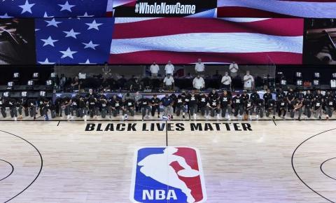 Trump critica atletas ajoelhados em defesa do Black Lives Matter