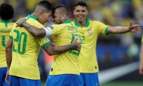 Fã da Chape, equatoriano vai apitar Brasil x Argentina na terça