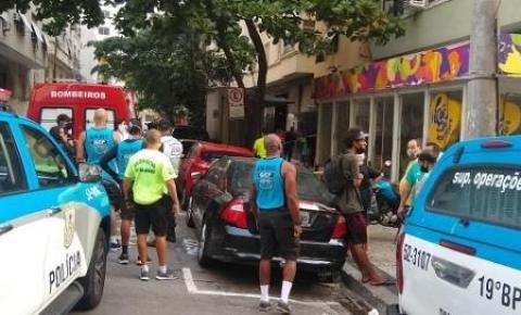 Comerciante morre após ser atingido por botijão de gás jogado de prédio em Copacabana