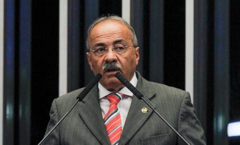 Dinheiro na cueca era para pagar funcionários, diz defesa de Chico Rodrigues